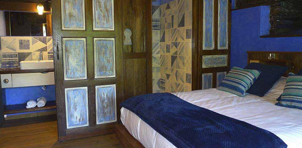 Apartamento De Luxe En Verde Detalle Cama