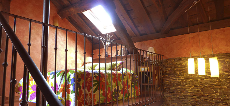 Detalle de la habitación del duplex del apartamento Ferro